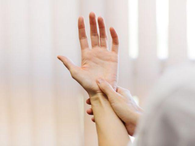 ízületi fájdalom a hüvelykujjon, mit kell tenni)