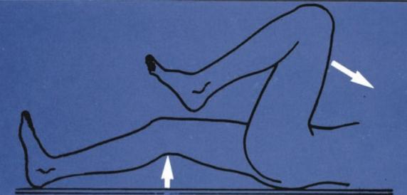 fájdalom a csípőízület jobb ágyékában