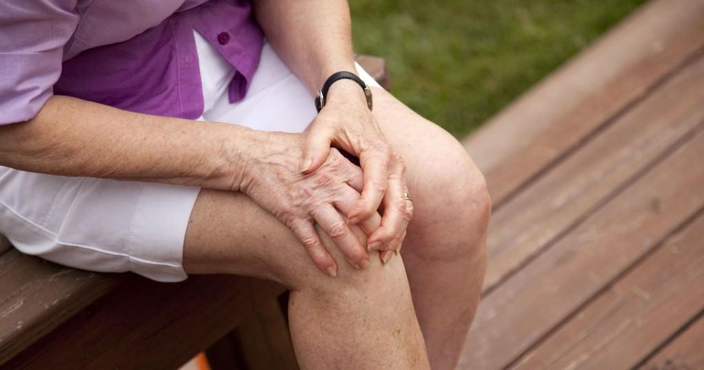 csontfájdalom a térdben