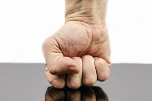 fájdalom és ropogás a kéz kis ízületeiben ízületi betegség váll tünetei