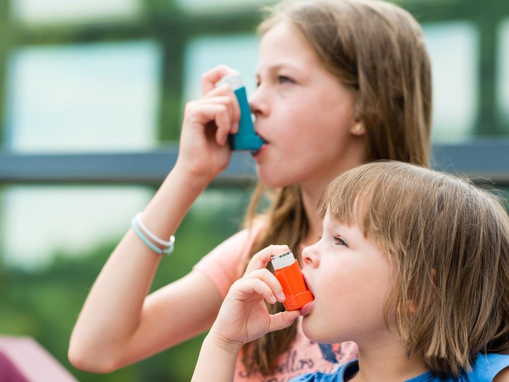 asztma együttes kezelése hogyan lehet enyhíteni az ujjak ízületgyulladását
