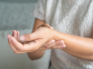 gyakorlatok a kéz és az ízületek fájdalmára