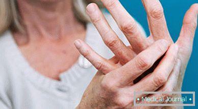 fájdalom az ujjak ízületeiben szülés után