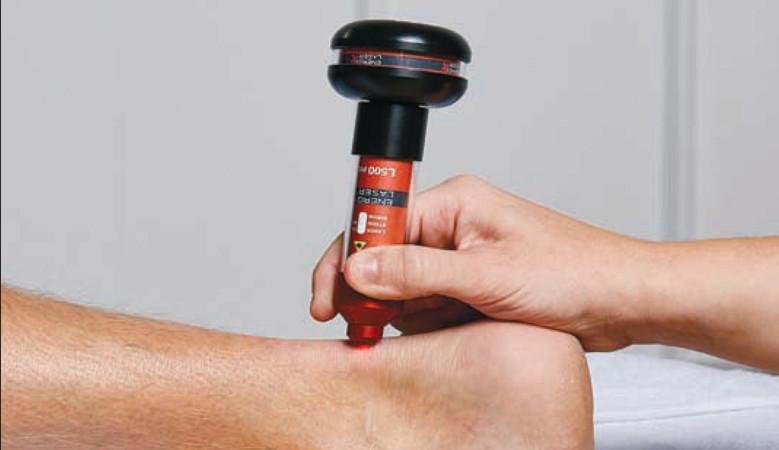 térd epicondylitis kezelés akut fájdalom a csípő izületeiben