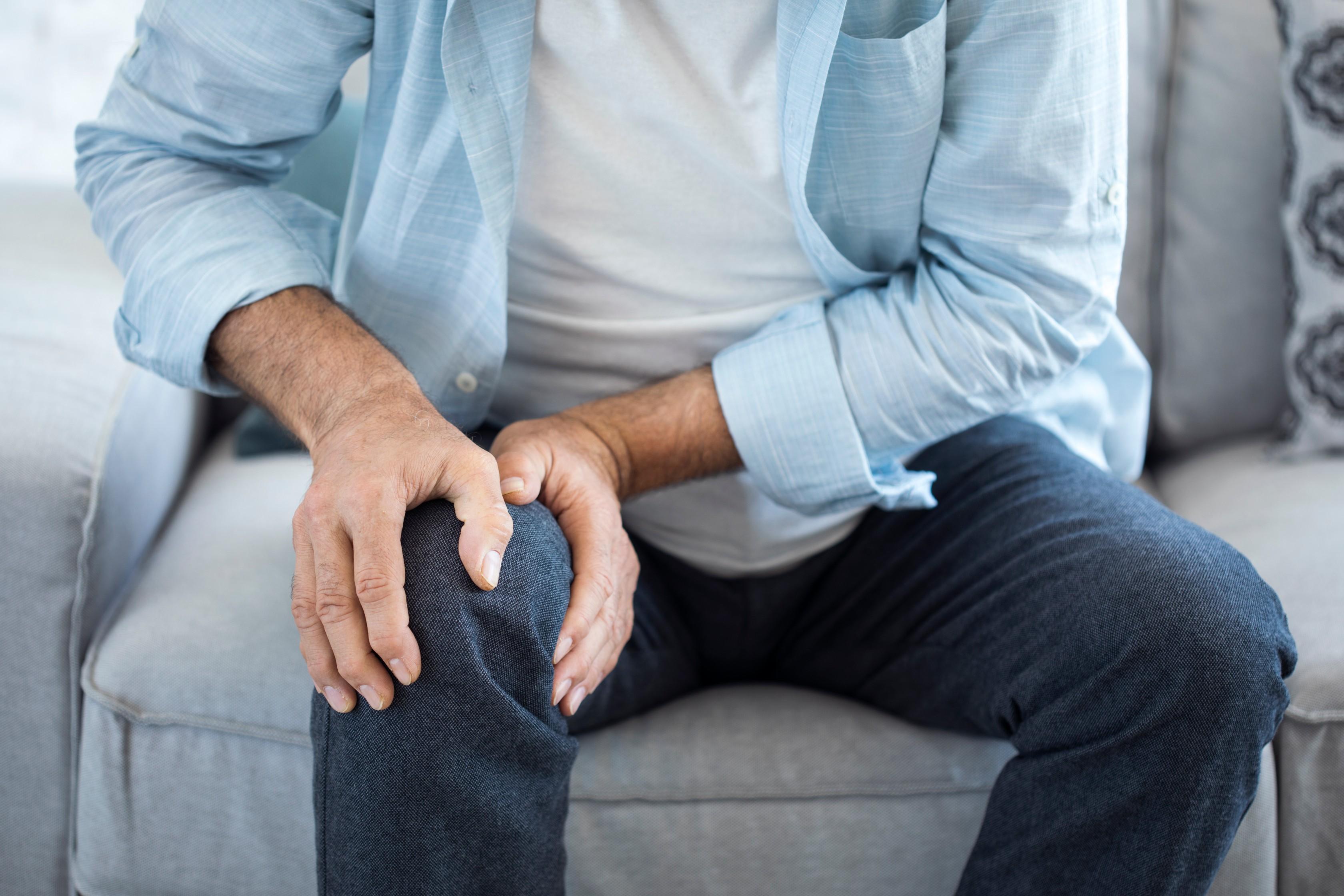 súlyos fájdalom ízületi sérülés során