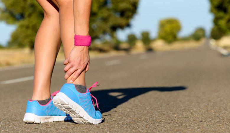 térdfájdalom cipő