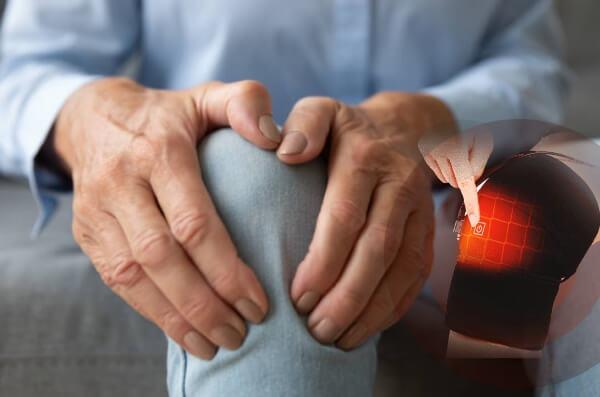 térdpárnák az ízületi fájdalom csökkentésére)