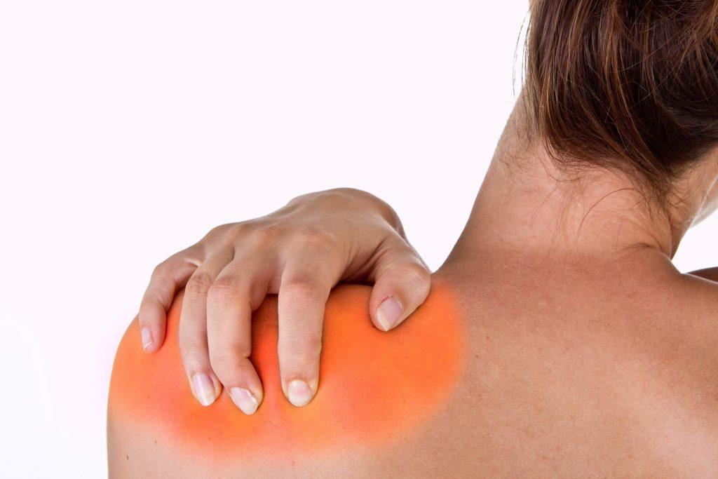 a vállízület zúzódása súlyos fájdalom)