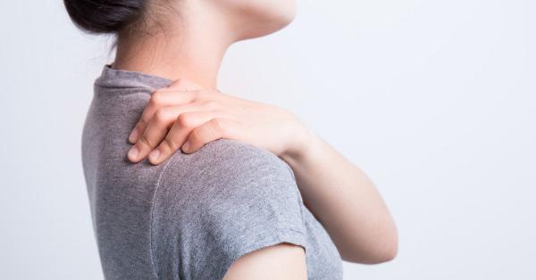 fájdalom a hónalj és a vállízület alatt