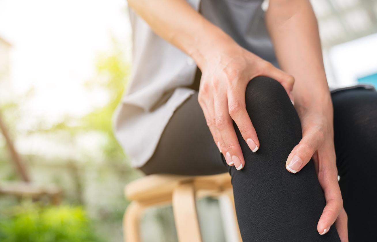 hormonális kenőcsök ízületi fájdalmak kezelésére keton a lábak ízületeinek fájdalma érdekében